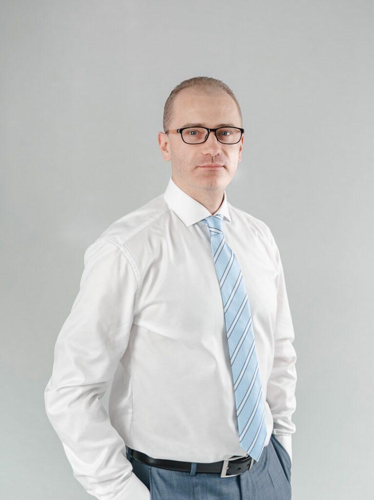 Лотиш Андрій Михайлович адвокат Київ